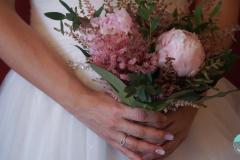 NOVIA-BRIDE-RAMO-BOUQUET-STC-VIDEOGRAPHER